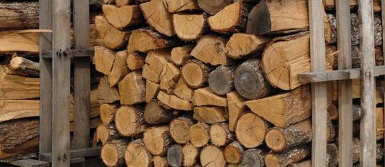 Commander du bois de chauffage chez un spécialiste en Normandie et en Ile de France