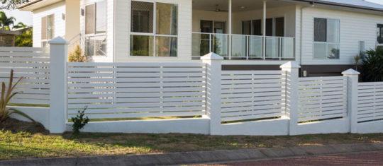 Installation de clôtures et de portails extérieurs