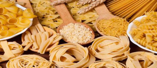 déguster des pâtes typiquement italien